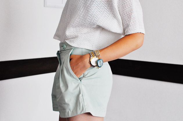 mint shorts side