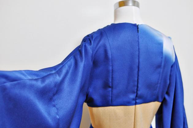 blue kimono dress via vivatveritas