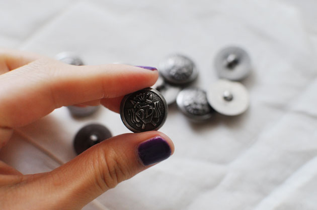 Pretty metal buttons