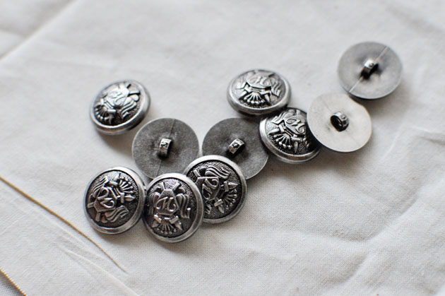 silver metal buttons for skirt