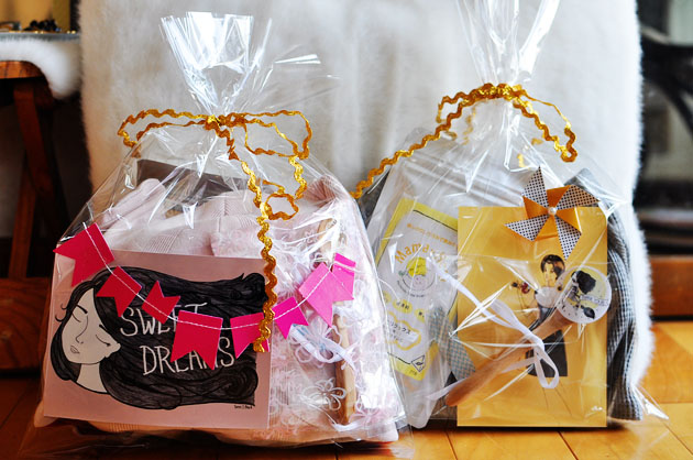 Adorable baby shower gift idea via Vivat Veritas Blog