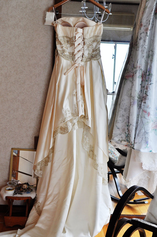 Gusset and corset lace up added to a wedding dress vivat veritas