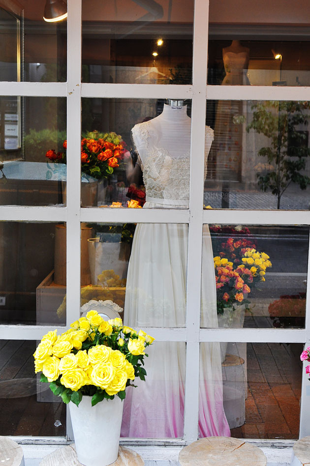 vivat veritas flower petal wedding dress