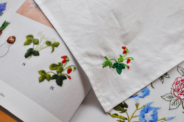 strawberry-embroidery-3