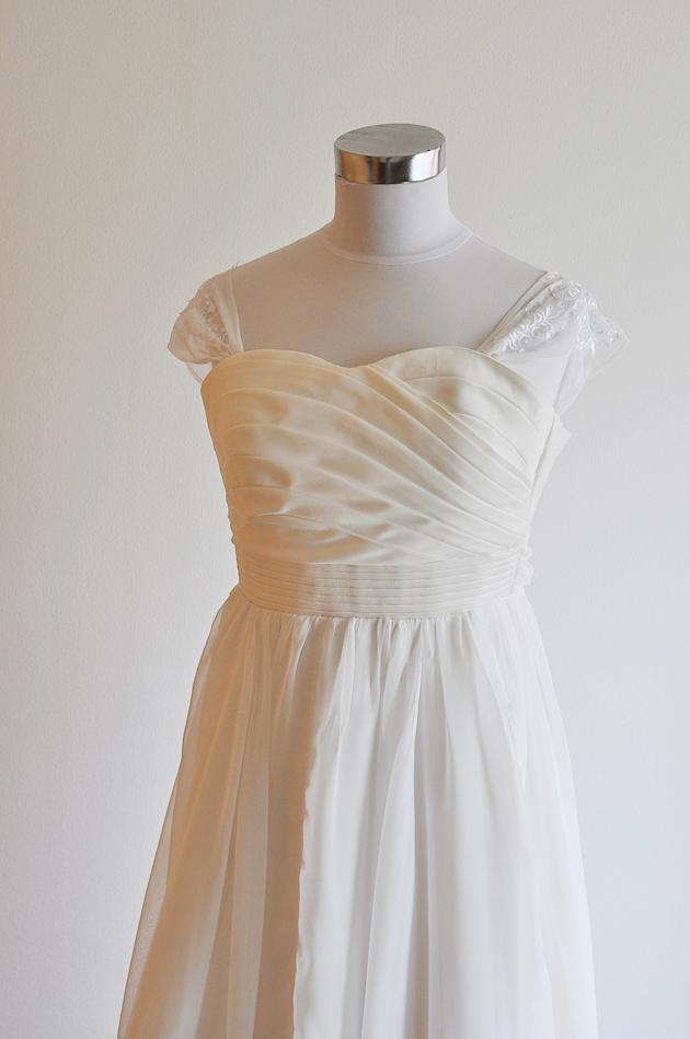 hitomi-chiffon-wedding-dress-vivat-veritas-5