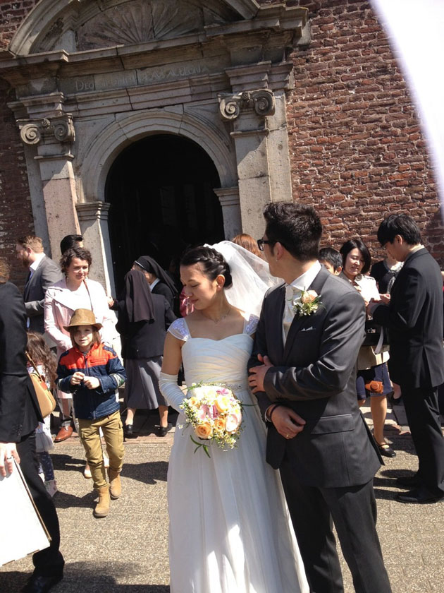hitomi-chiffon-wedding-dress-vivat-veritas