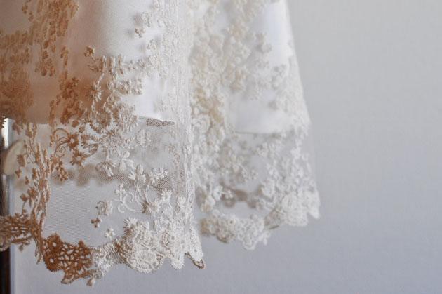 ivory-lace-wedding-dress