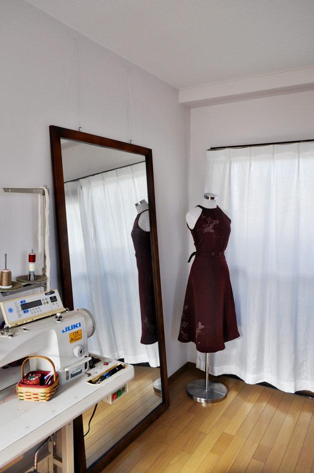 azuki color american neckline dress